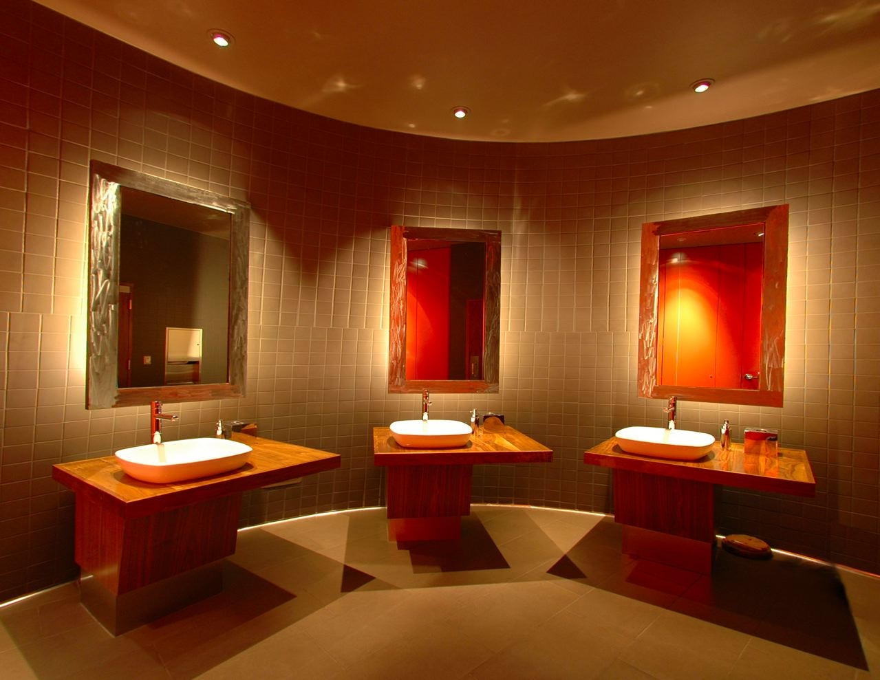 Atipros for Restaurant bathroom design ideas